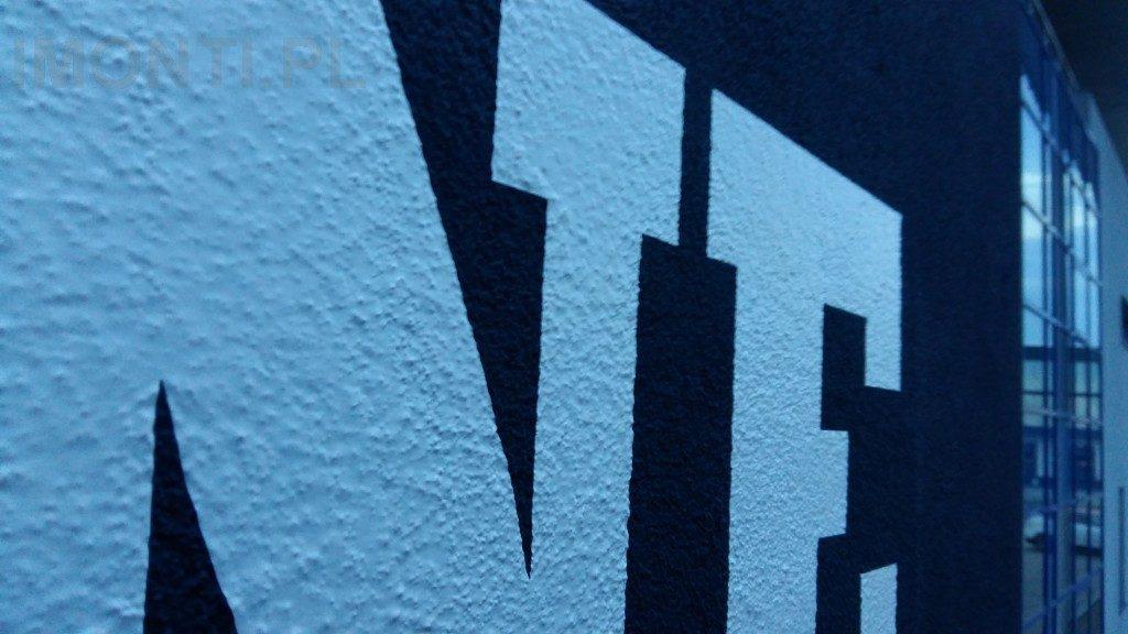 ściana wyklejona specjalną folią